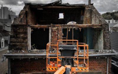 Déconstruction en cours d'une maison mitoyenne à Liège