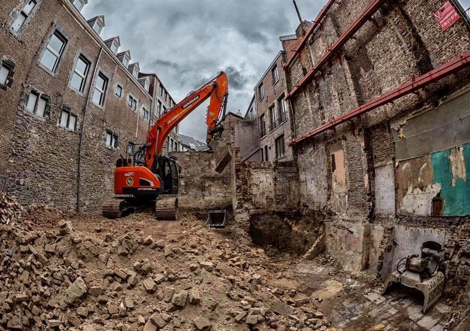 Encore une démolition effectuée par l'entreprise Legros !